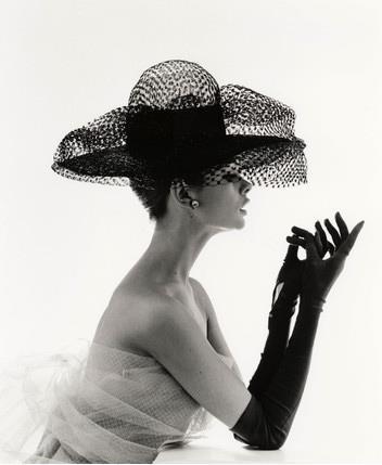 elegance-elegant-girl-glamour-luxury-Favim.com-365505